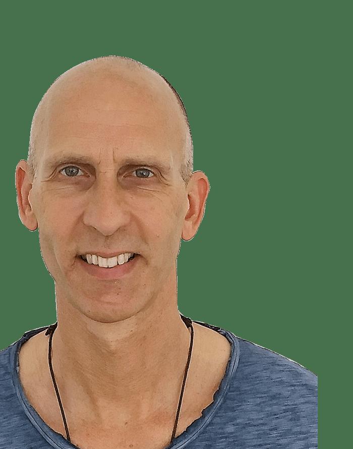 eric bennewitz peace out yoga lehrer